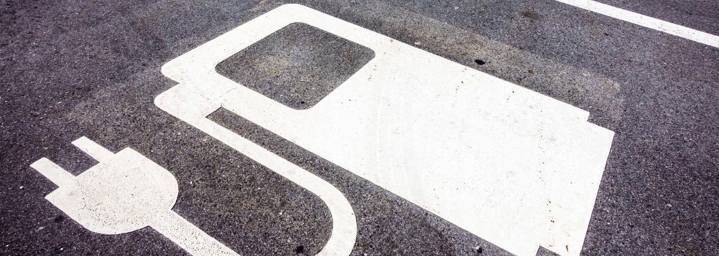 Kolejna faza trudnych konsultacji w sprawie nowelizacji ustawy o elektromobilności