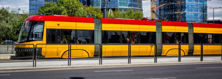 Jak transport publiczny powinien działać w trakcie i po Covid-19