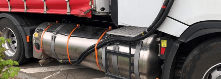 Testy drogowe wykazują taką samą szkodliwość dla klimatu ciężarówek na gaz i z silnikami Diesla