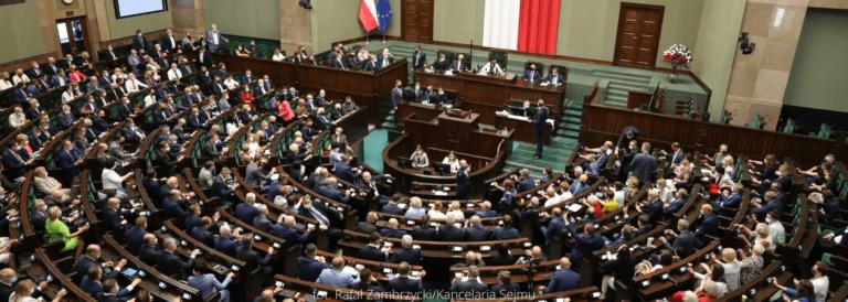 Projekt nowelizacji ustawy o elektromobilności i paliwach alternatywnych trafił do Sejmu